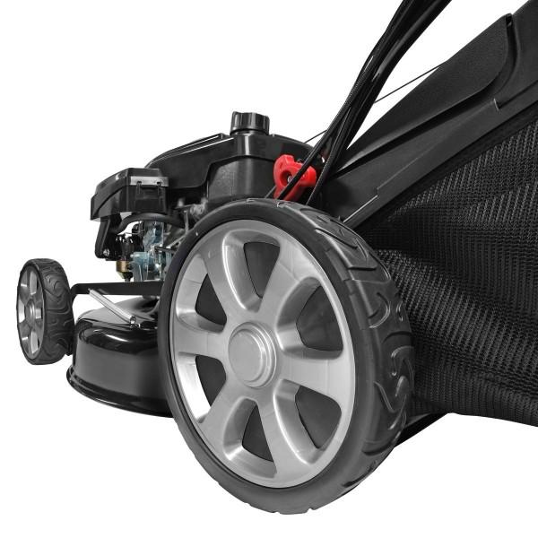 Für besonders leichtgängiges Mähen noch größere Big-Wheeler-Räder 305mm hinten