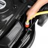 EASY CLEAN: Einfacher Gartenschlauch-Anschluss dank integriertem Adapter am Rasenmäher