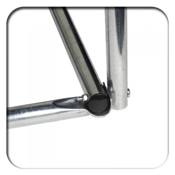 mit selbstsichernden Schrauben verschraubte Stahlprofile für noch mehr Sicherheit und Stabilität
