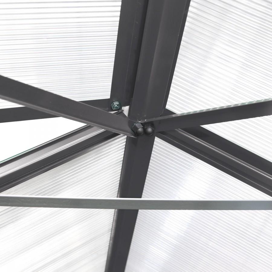 Zusätzliche Dachstabilisierung auch bei extremen Witterungseinflüssen