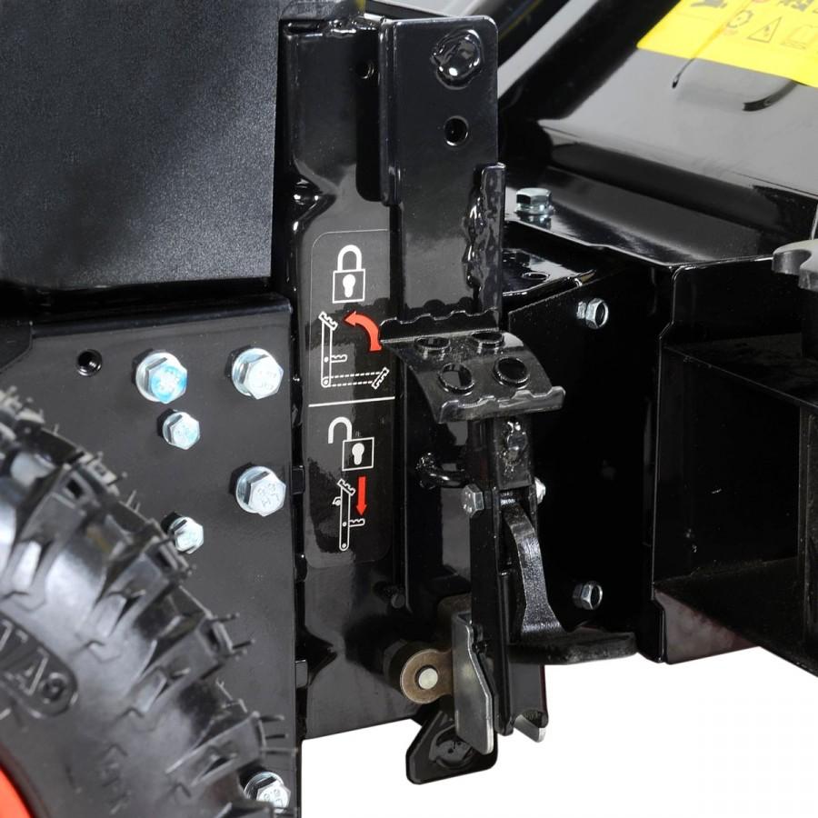 ausgeklügeltes, neuartiges Easy-Lock-Schnellwechsel-System für einfaches und schnelles Wechseln der Aufsätze per Fußraster