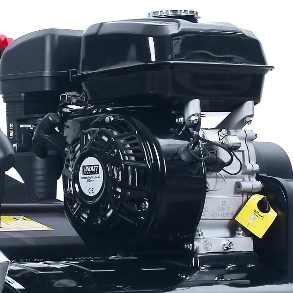 mit 196ccm Hubraum und  3,8kW besonders starker Motor