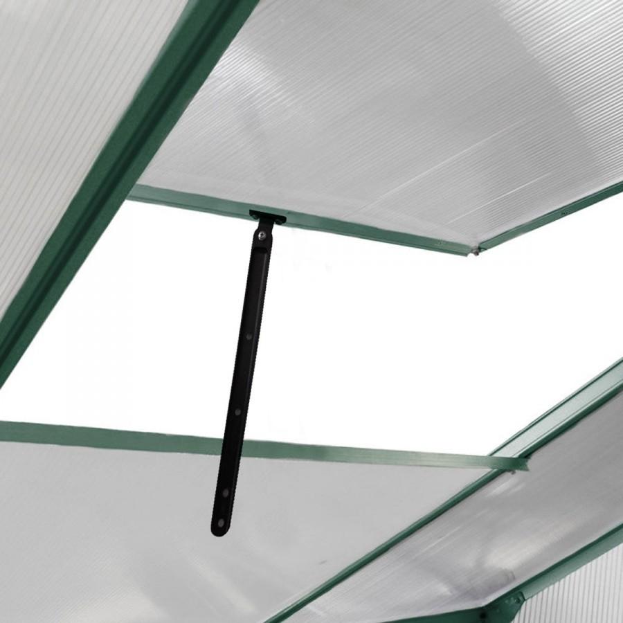 2 Lüftungs-Fenster, für beste Luftzirkulation höhenverstellbar
