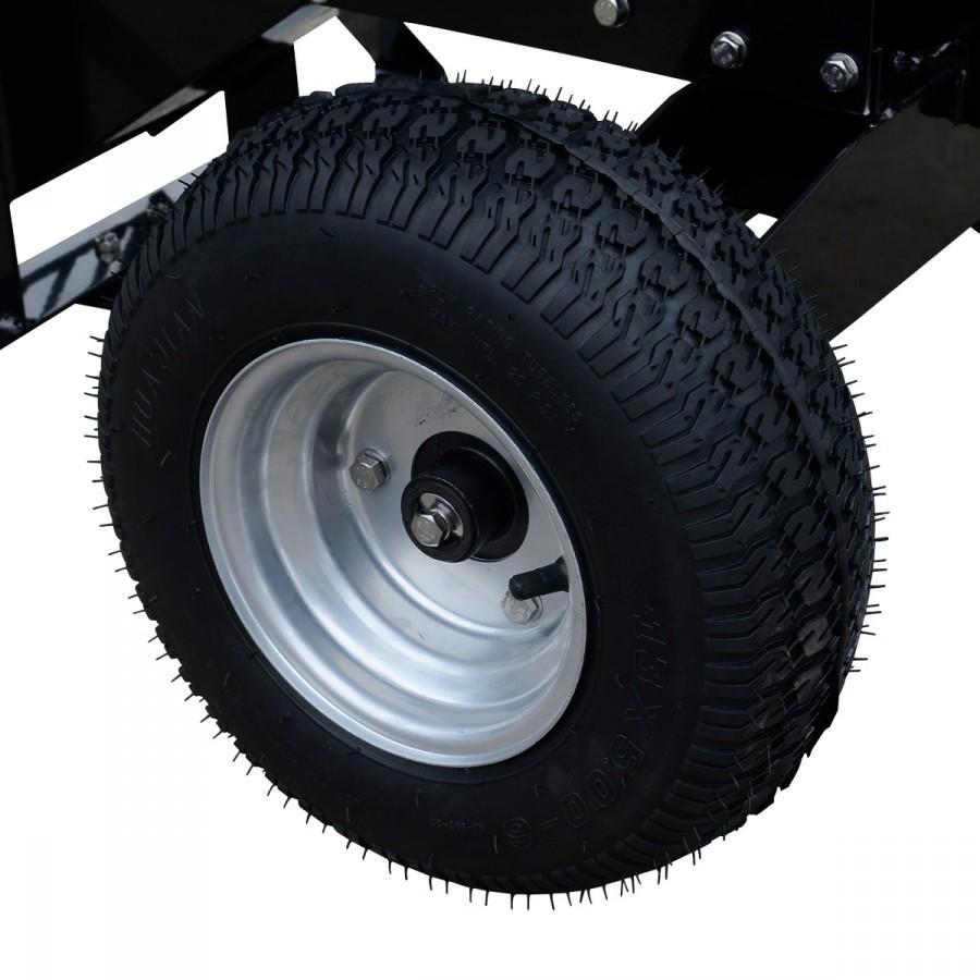 besonders große und breite Reifen mit Luftbefüllung